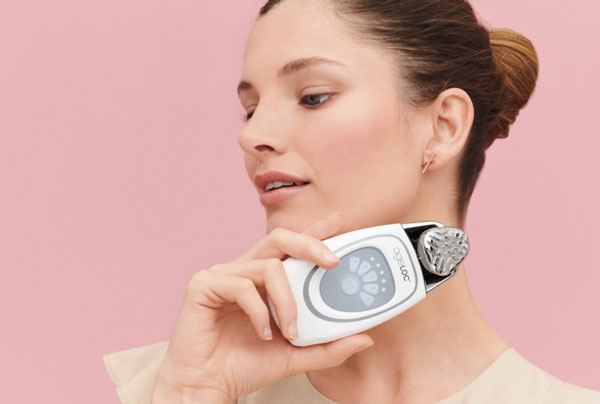 gia-may-galvanic-face-spa-nubeauty