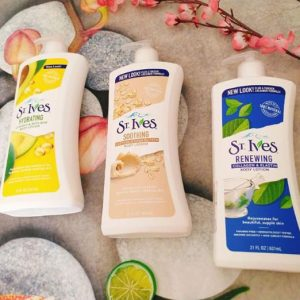 review-sua-duong-the-st-ives-nubeauty-1