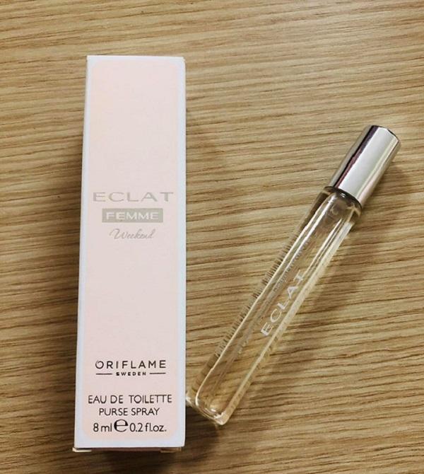 nubeauty-tren-tay-san-pham-eclat-femme-weekend-eau-de-toilette-purse-spray-chinh-hang